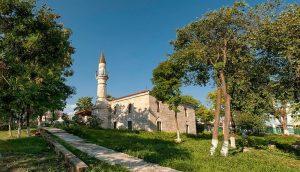 """Mărturii otomane pe pământ românesc: Geamia """"Esmahan Sultan"""" (2) de Urfet Şachir"""