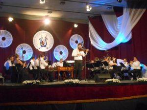 Orchestra de Muzică Populară a românilor din Voivodina, dirijor Roman Bugar, în concert [VIDEO]