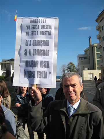 Protest împotriva gazelor de şist, la Mangalia (FOTO)