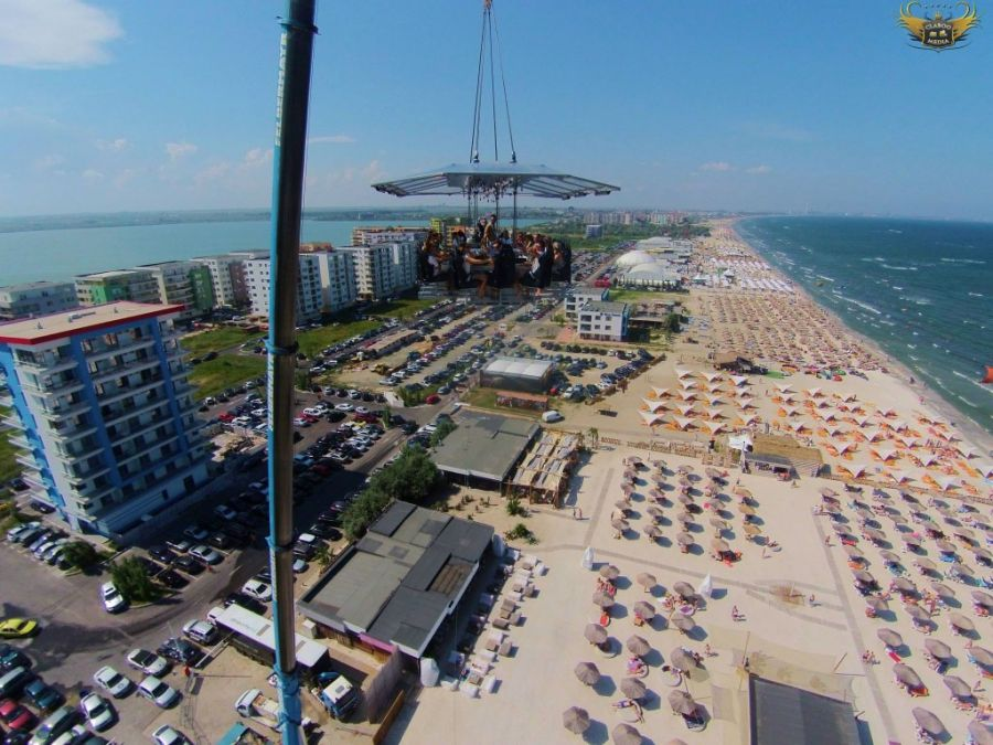 VIDEO Restaurant aerian, la Mamaia!