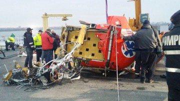 NEGLIJENŢE CRIMINALE: elicopterul nu avea voie să zboare fără veste şi barcă de salvare la bord