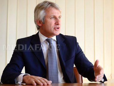 Teodorovici: Românii din diaspora vor primi bani să-şi facă firme cu puncte de lucru în străinătate