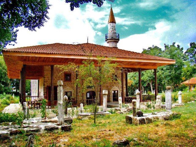 Cea mai veche geamie din România se află la Mangalia (FOTO/VIDEO)
