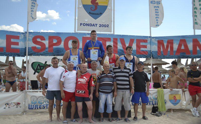 Constănţenii au câştigat nouă medalii la CN de lupte pe plajă