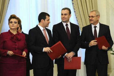 Noii miniștri ai Cabinetului Ponta au depus jurământul de învestitură