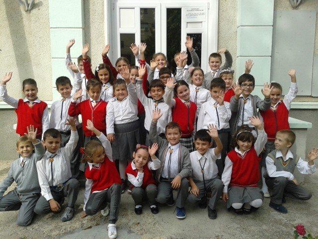 """Proiectul POSTCARDS FROM EUROPE, la Şcoala Gimnazială """"Gala Galaction"""" din Mangalia (FOTO)"""